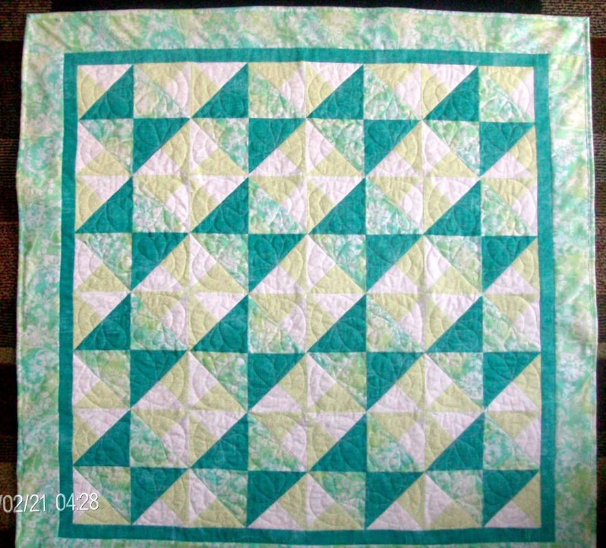 Quilt Blog-Baby Quilt by Homesewn by Carolyn