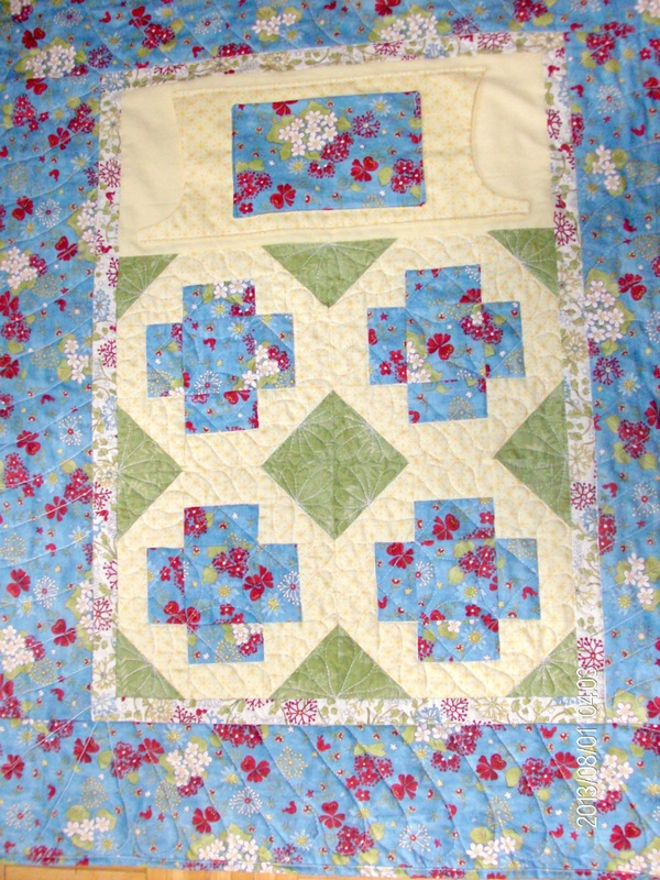 The Greek Cross quilt block used for the