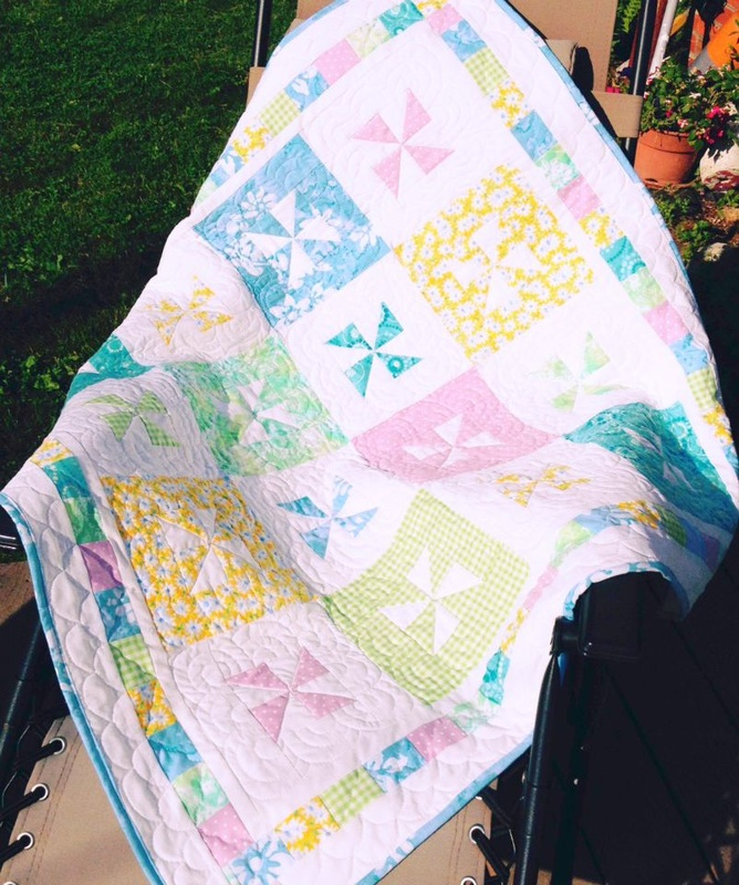 Pinwheel baby quilt from http://www.homesewnbycarolyn.com