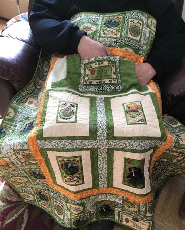 Irish Lovie Lap Quilt with Pockets, http://www.homesewnbycarolyn.com