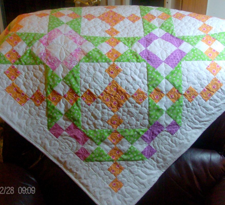 A quilt blog from Homesewn by Carolyn discussing the Underground Railroad quilt block.