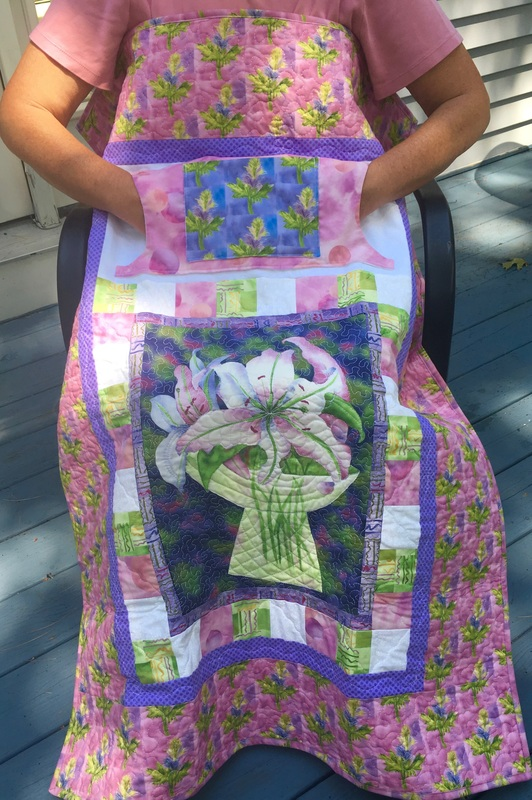 Pretty Lily Lovie Lap Quilt from http://www.HomeSewnByCarolyn.com