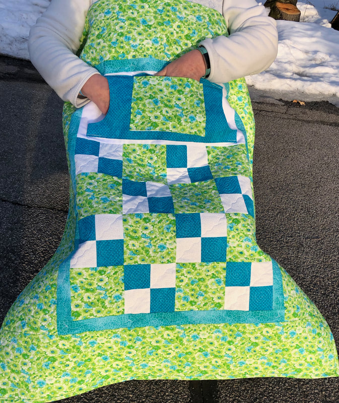 Green Floral Lovie Lap Quilt with Pockets, wheelchair quilt or a quilt for any chair.