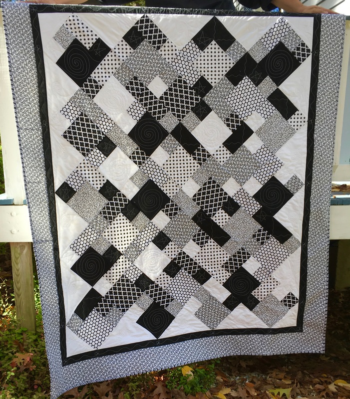 Black and White Quilt from http://www.HomeSewnByCarolyn.com